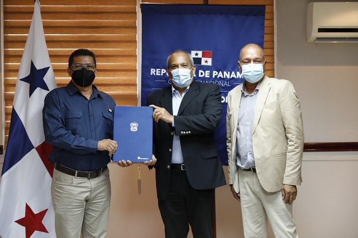 MiAmbiente y Amupa firman convenio  para enfrentar el cambio climático