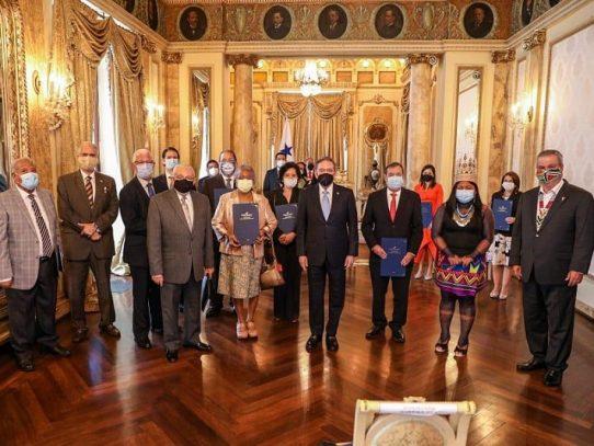 El Pacto Bicentenario será lanzado el 26 de noviembre