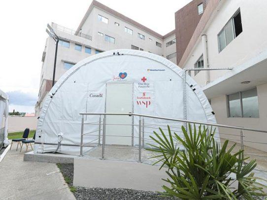 Gobierno recibe hospital de campaña donado por la embajada de Canadá
