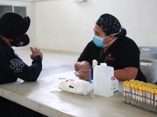 Al menos 100 unidades de la Fuerza Pública han donado plasma convaleciente