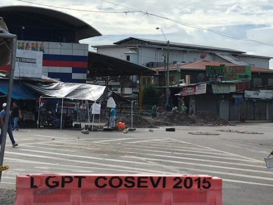 Continúa bloqueo en frontera entre Panamá y Costa Rica