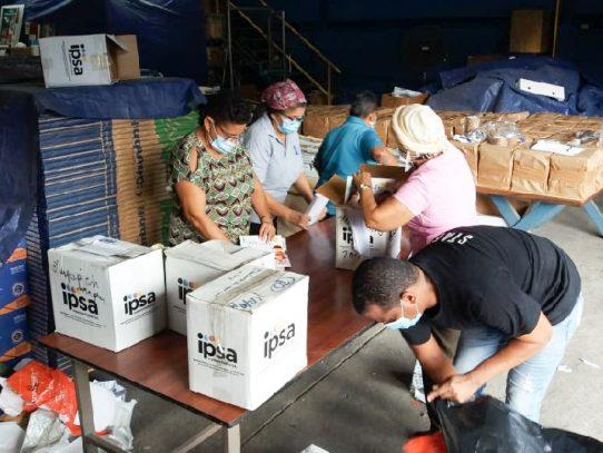 MiCultura entrega 30 mil libros a Plan Colmena