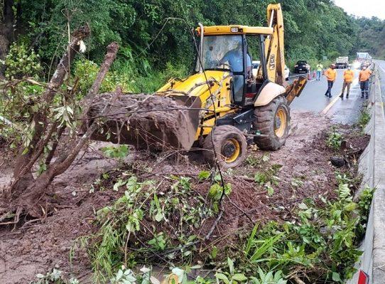 Deslizamiento de tierra en los límites entre las provincias de Chiriquí y Veraguas