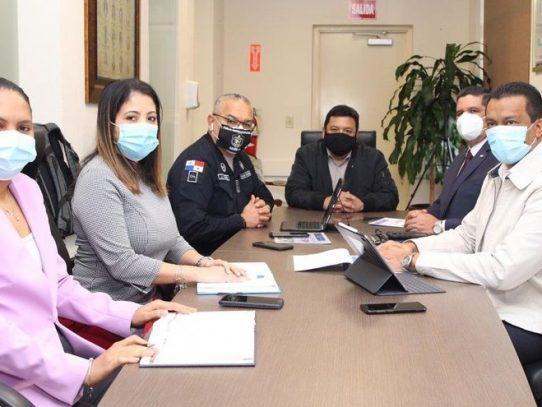 Ulloa, Miranda y Pino evalúan resultados de estrategia contra el crimen