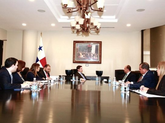 Panamá fortalece vínculos académicos en el sector marítimo