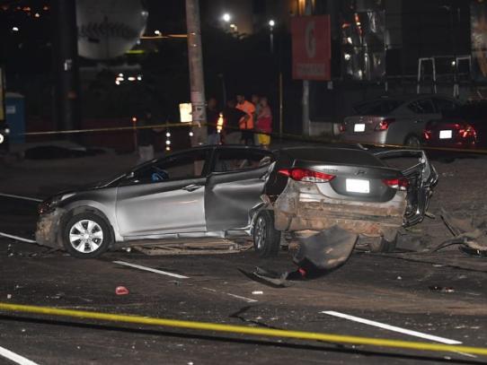 Depósito domiciliario para conductor de vehículo que colisionó contra un poste en San Antonio