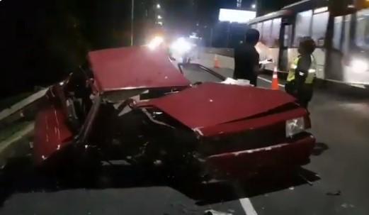 Aparatoso accidente en el Corredor Sur