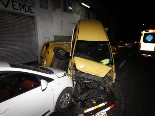 Cargos por homicidio culposo a camionero que arrolló 38 autos y dejó un muerto en El Chorrillo
