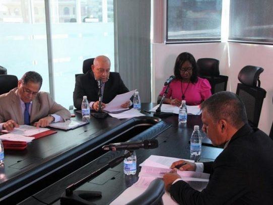 Comisión de Infraestructura recibe respuestas de cuestionario a la ACP