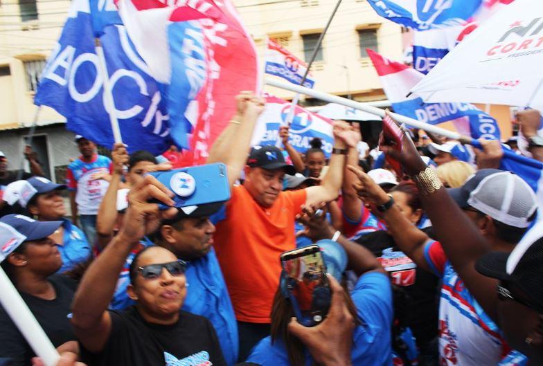 Madrugonazo, Adames se despierta reelecto en el 8-7