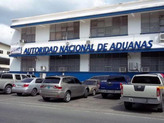 Aduanas suscribe tres consultorías como parte del programa PILA