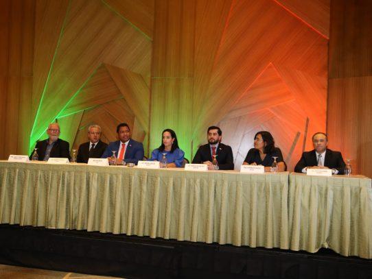 Firman pacto de compromiso para desarrollo digital
