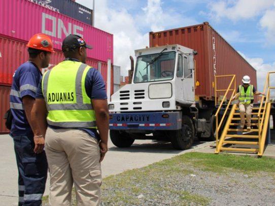 Hoy estrena 'Aduanas 24/7', la serie que documenta el tráfico ilícito en puertos y aeropuertos