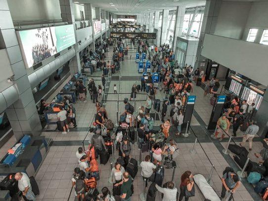 Aeropuerto de Tocumen intensifica medidas sanitarias ante primer caso de COVID-19