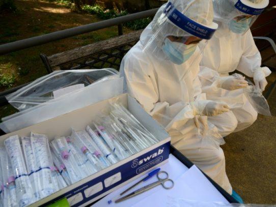 España supera los 19.000 fallecidos por coronavirus, un balance cuestionado
