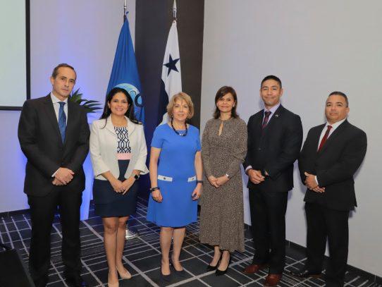 Firman alianza para fomentar el comercio seguro y la protección del hub logístico