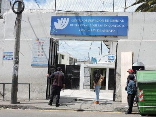 Casi el 70% de los 600 presos de una cárcel de Ecuador da positivo por coronavirus
