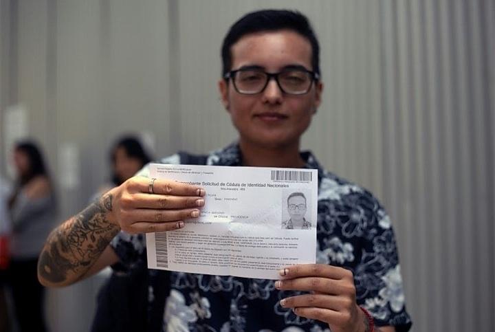 El largo camino de Andy para cambiar su identidad legal en Chile