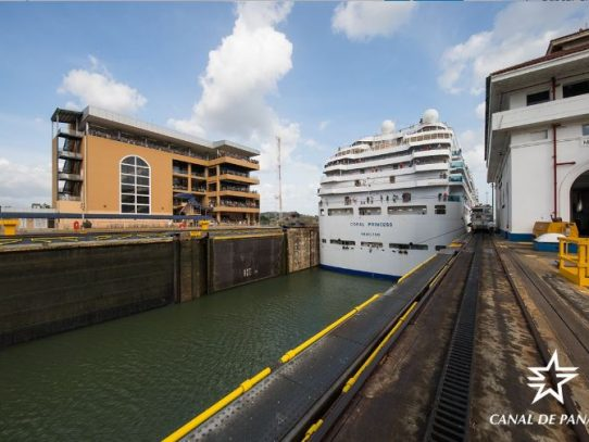 Se cumplen 105 años de operaciones ininterrumpidas en el Canal de Panamá