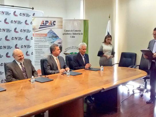 Firman convenio para potenciar la Rueda de Negocios Zona Libre 2020