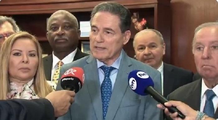 Royo: Empresa consultora recomendó salario para nuevo administrador de la ACP