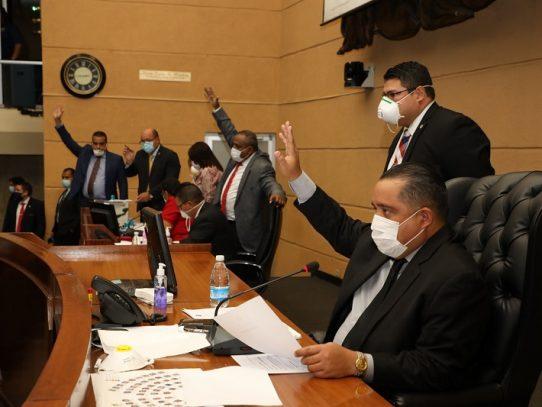 Asamblea suspende actividades parlamentarias por tres casos positivos de Covid-19