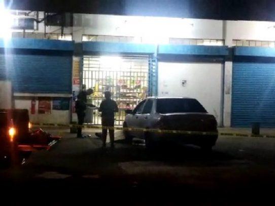 Asesinado de varios impactos de bala en Pacora