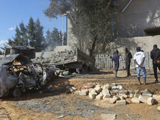 Siete muertos, entre ellos cinco extranjeros, en ataque aéreo en Libia