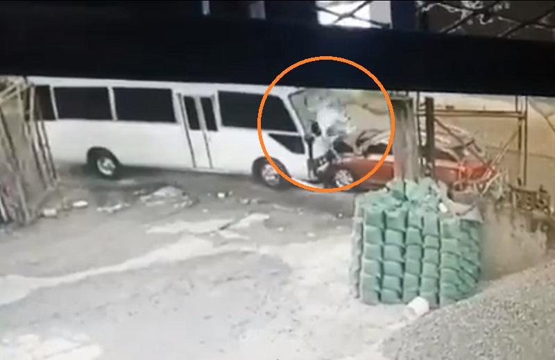 Atropello en Mano de Piedra queda captado en vídeo