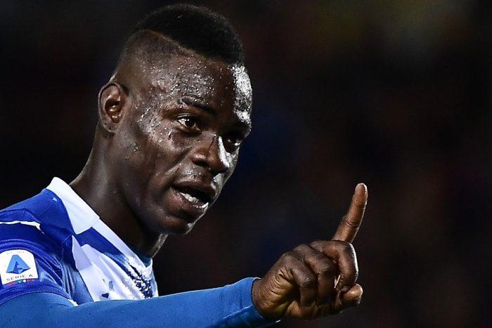 Balotelli se enfrentó a 'un puñado de imbéciles'