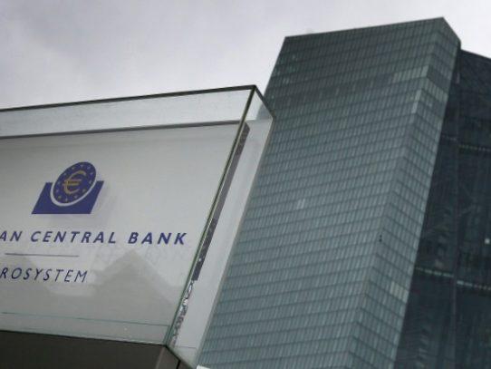 El BCE suprime un límite autoimpuesto a su compra de deuda