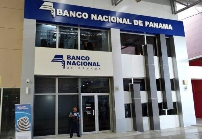 Bancos establecen nuevos horarios por cuarentena total