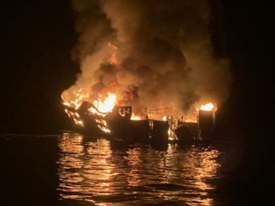Al menos cuatro muertos y 30 desaparecidos tras hundimiento de un barco en EE. UU.