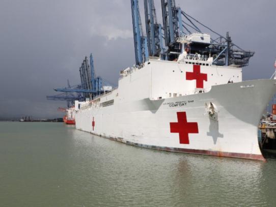 Buque hospital de marina estadounidense llegó a Panamá