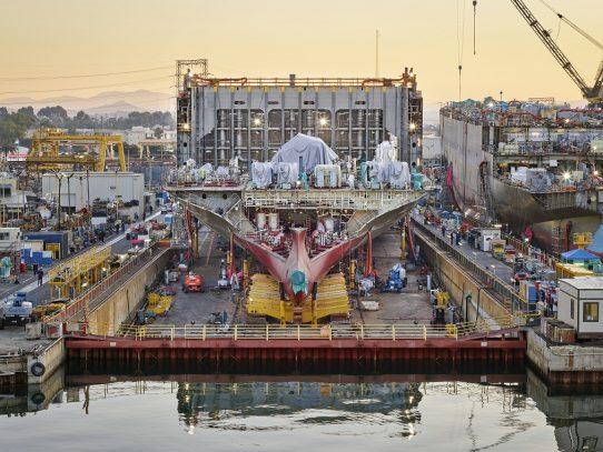 Cómo se fabrican los barcos gigantescos