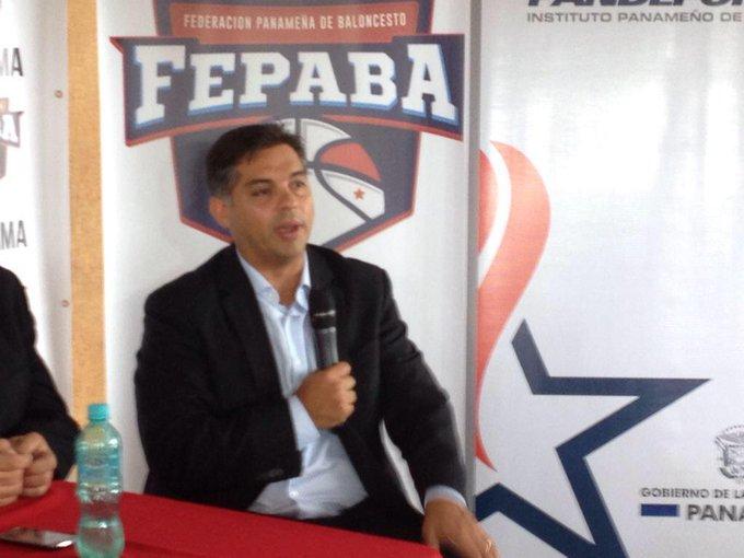 """Imputan cargos por blanqueo de capitales al exdiputado """"Beby"""" Valderrama"""