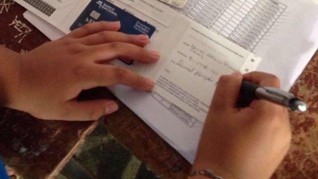 Estudiantes que cobran por ACH recibirán primer pago de la Beca Universal