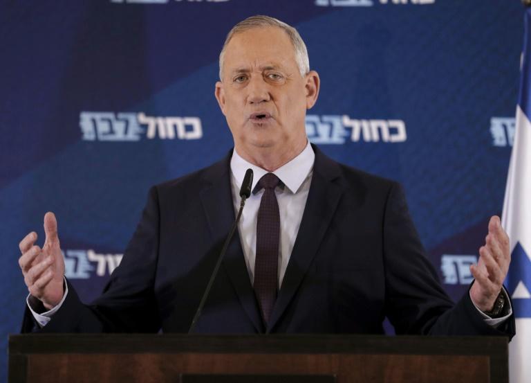 Líder opositor israelí es elegido jefe del parlamento y pide un gobierno de unión nacional