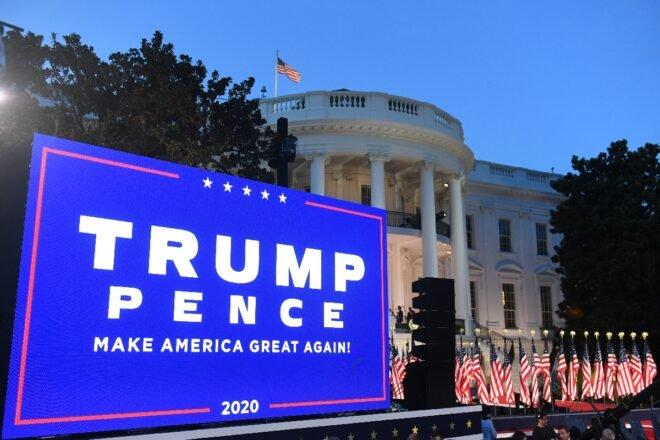 """Trump arremete contra el """"débil"""" Biden al aceptar la nominación republicana"""