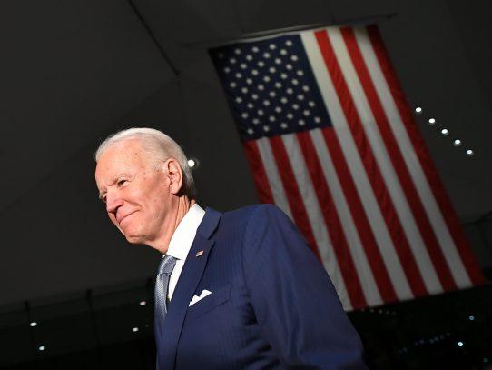 Opinión: Biden: 'Vamos a pelear con todo invirtiendo en Estados Unidos primero'
