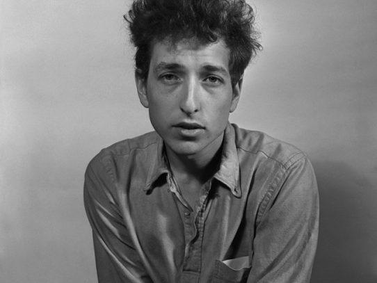 Bob Dylan piensa en muchas cosas