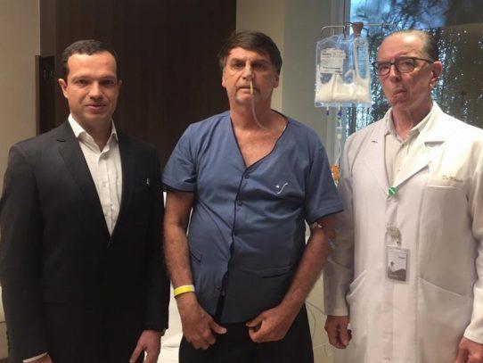 Bolsonaro, ya sin sonda nasogástrica, retoma alimentación tras cirugía