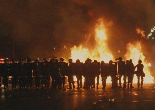 Reseña: 'Al filo de la democracia', una mirada a Brasil con indignación y desengaño