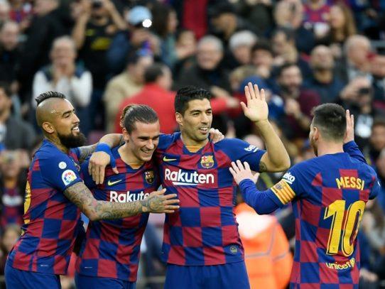 El Barça se marcha de vacaciones como líder tras imponerse al Alavés