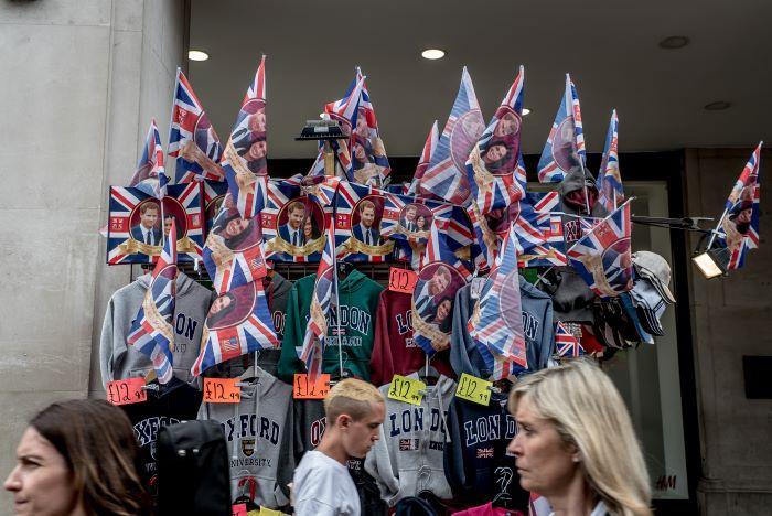 'Megxit' es el nuevo brexit en un Reino Unido dividido por la edad y la política