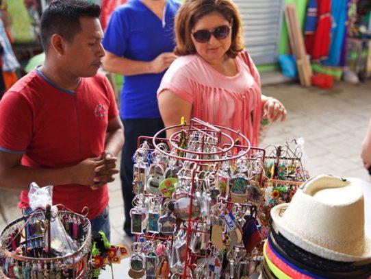 Comercio informal aumenta en el distrito de Panamá