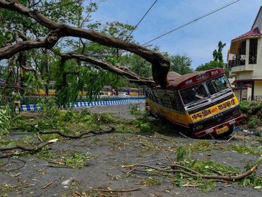 Lo que los desastres de una semana nos dicen sobre el clima y la pandemia