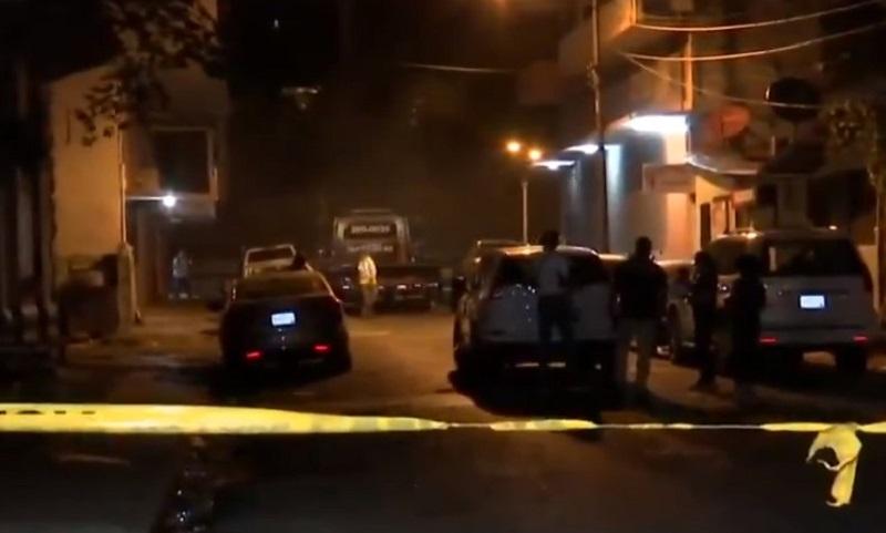 Encuentran un cadáver dentro de un auto en Santa Ana