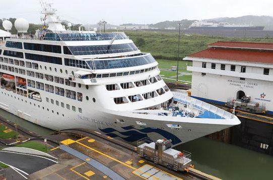 Culmina temporada de cruceros 2018-19 por el Canal de Panamá