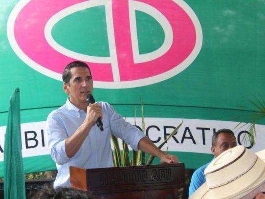 Roux pide más planificación para garantizar éxito de reapertura gradual de la economía